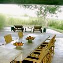 Redonda Loft 2 indoor outdoor dining area