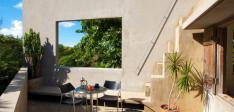 Casa Triangular At The Hix Island House